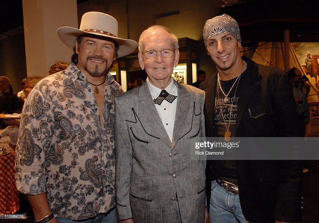 Buddy Jewell Hank Locklin and Trent Tomlinson during 'Rhinestones and Roses' A Tribute to Clothing Designer Manuel at War Memorial Auditorium in...