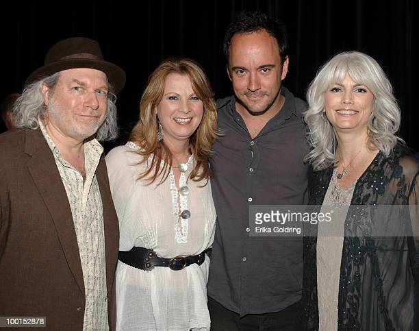 Buddy Miller Patty Loveless Dave Matthews and Emmylou Harris backstage during the Music Saves Mountains benefit concert at the Ryman Auditorium on...
