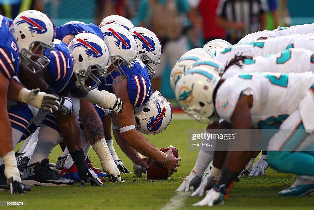 Buffalo Bills and Miami Dolphins players line up during the game at Sun Life Stadium on September 27, 2015 in Miami Gardens, Florida.