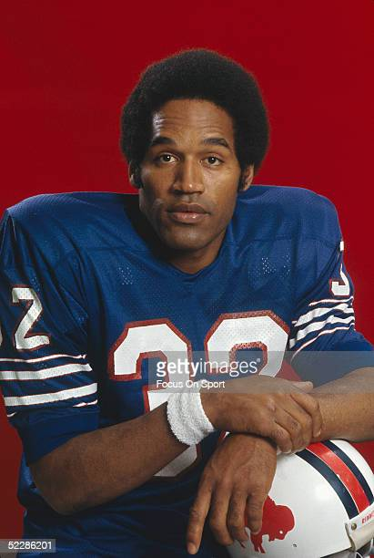 Buffalo Bills' running back OJ Simpson poses for a portrait circa early 1970's