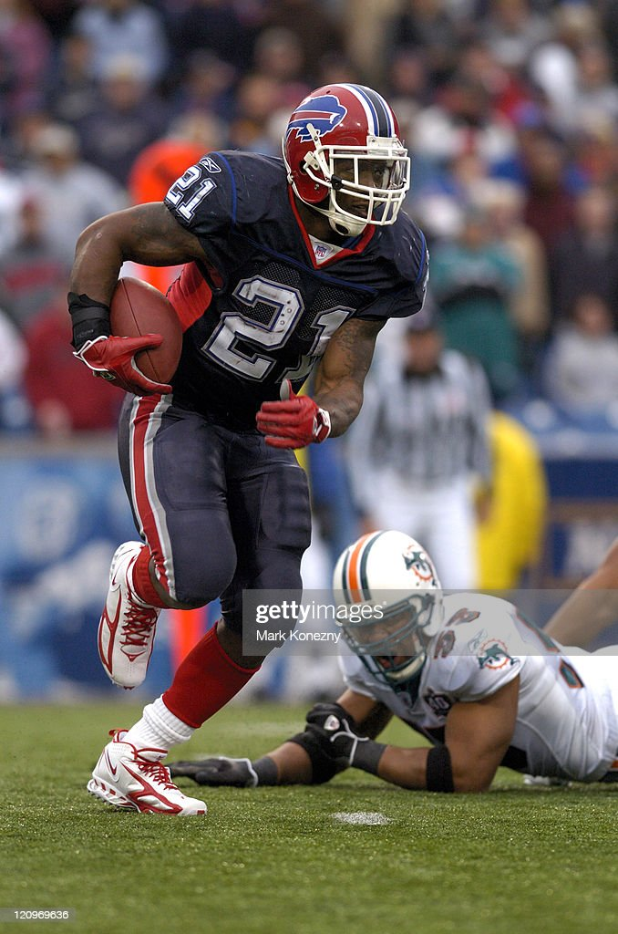 Buffalo Bills running back <a gi-track='captionPersonalityLinkClicked' href=/galleries/search?phrase=Willis+McGahee&family=editorial&specificpeople=202895 ng-click='$event.stopPropagation()'>Willis McGahee</a> runs for yardage during a game against the Miami Dolphins at Ralph Wilson Stadium in Orchard Park, New York on October 9, 2005. Buffalo won the game 20-14.