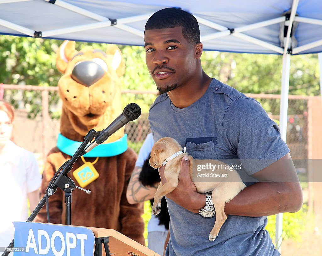 Buffalo Bills Wide Receiver, Brad Smith attends the 19th Annual Pet Adoptathon at North Shore Animal League America on June 1, 2013 in Port Washington, New York.