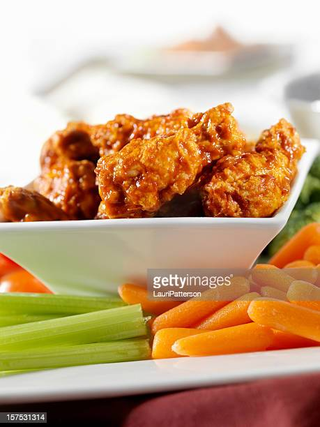 Buffalo Wings with Fresh Vegetables
