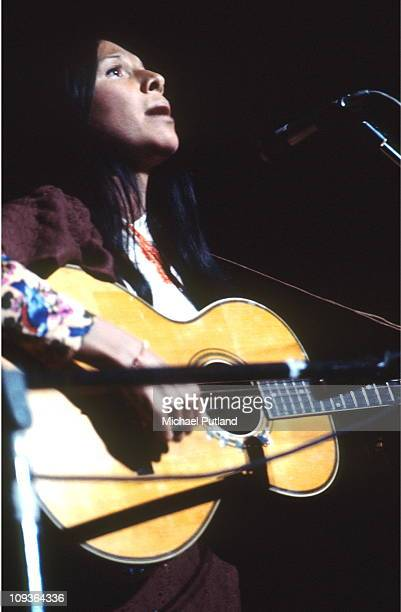 Buffy SainteMarie performs on stage London 15th October 1971
