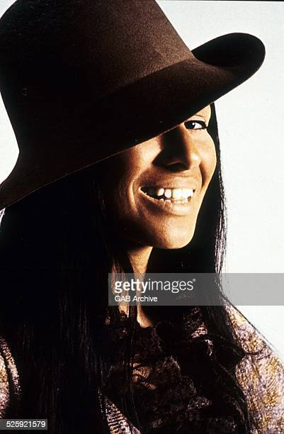 Buffy SainteMarie portrait c 1970