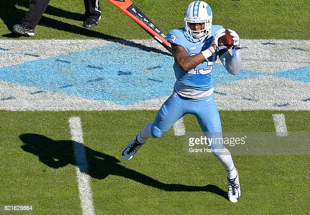 Bug Howard of the North Carolina Tar Heels makes a catch against the Georgia Tech Yellow Jackets during the game at Kenan Stadium on November 5 2016...