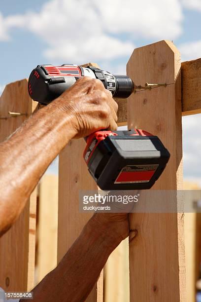Construir uma vedação série-com Broca de