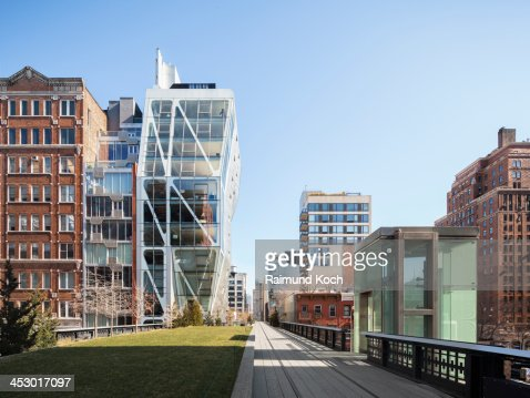 Building along the High Line in Chelsea