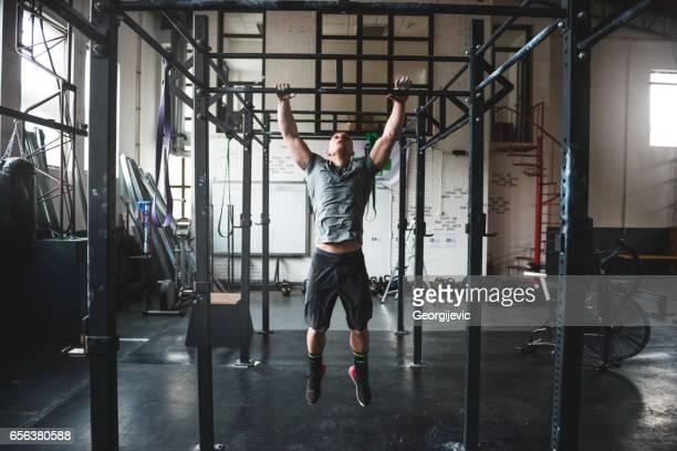 Gebäude seine Muskeln