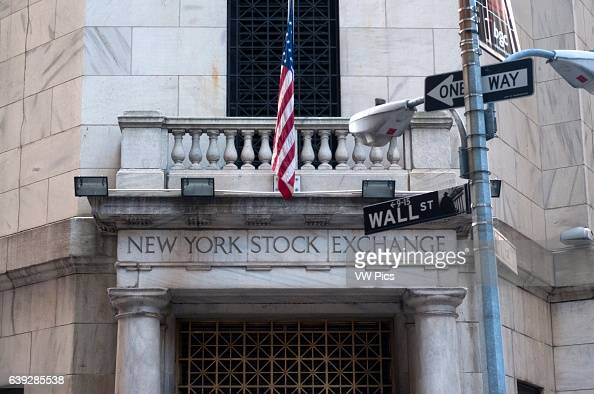 Building of the NYSE New York Stock Exchange 11 Wall St The building of the bag or simply also called Wall Street has become the global symbol of...