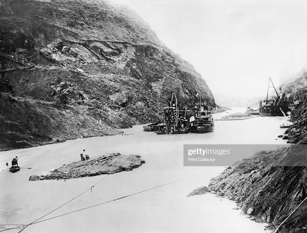 Building of the Panama Canal Panama late 19thearly 20th century The idea of building a canal between the Atlantic and Pacific was first planned by...