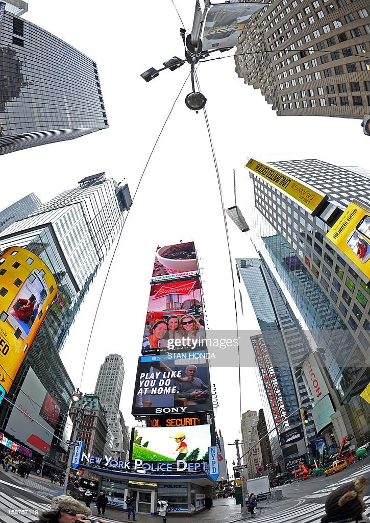 Buildings and billboards December 27, 2012 in New York's Times Square. AFP PHOTO/Stan HONDA