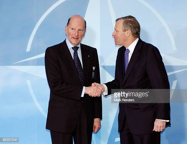 BRUSSELS BELGIUM FEBRUARY 22 Bulgarian Prime Minister Simeon SaxeCoburg Gotha is greeted by Nato Secretary General Jaap de Hoop Scheffer at the Nato...