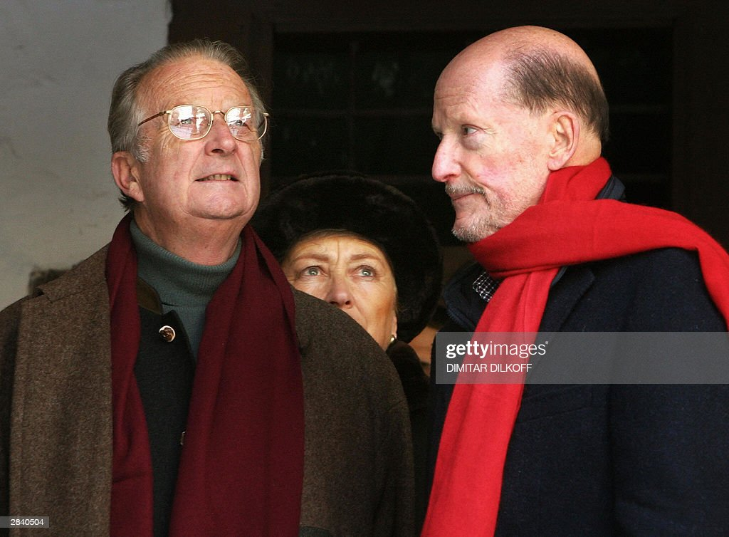Bulgarian Prime Minister Simeon Saxe-Coburg (R), King of Belgium Albert II (L) and his wife Queen Paola (C) look around during their visit in Rila Monastery, some 120 km south of the capital Sofia, 02 January 2004. Albert II, King of the Belgians, and his wife Queen Paola arrived on a three-day private visit in Bulgaria.