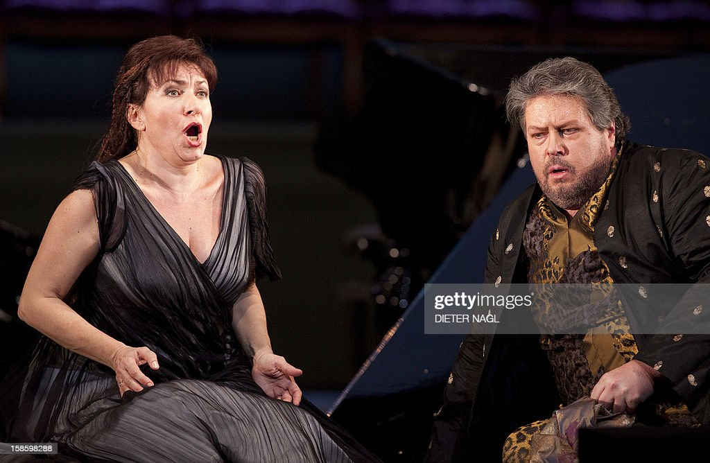 Bulgarian soprano Krassimira Stoyanova (L) as Ariadne and US tenor Stephen Gould as Bacchus perform at the general rehearsal of a new production of the opera 'Ariadne at Naxos' on December 15, 2012 at the stateopera in Vienna.