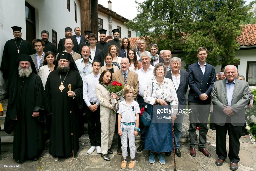Bulgaria's ex-King and former Prime Minister Simeon Saxe-Coburg-Gotha poses with friends and priest in Vratsa region, Bulgaria on 17 June 2017.