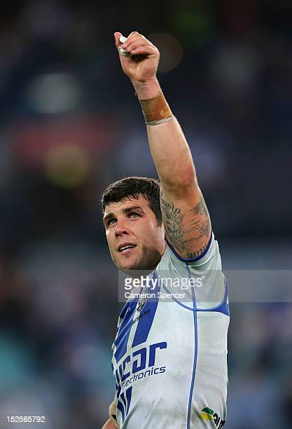 Bulldogs captain Michael Ennis thanks the crowd after winning the NRL Preliminary Final match between the Canterbury Bulldogs and the South Sydney...