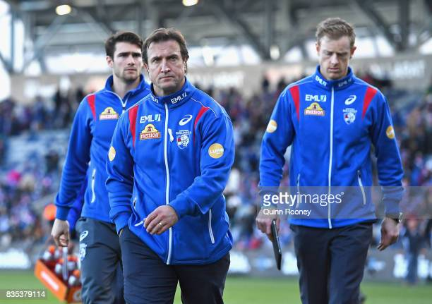Bulldogs head coach Luke Beveridge looks dejected after losing the round 22 AFL match between the Western Bulldogs and the Port Adelaide Power at...