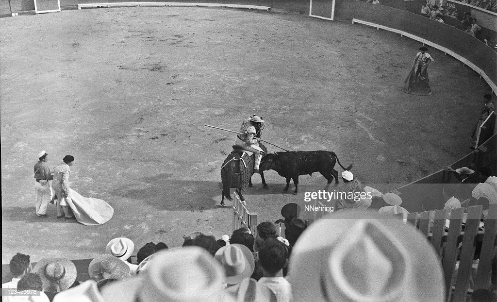 bullfight 1949 : Stock Photo