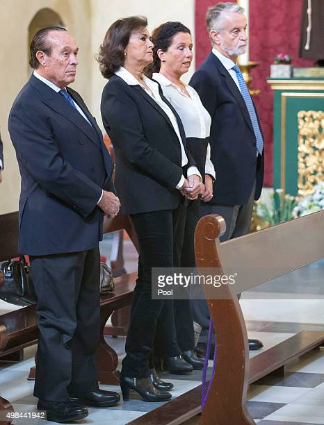 Bullfighter Curro Romero his wife and a close friend of the duchess Carmen Tello and Francisco Trujillo attend a mass at noon on the first...