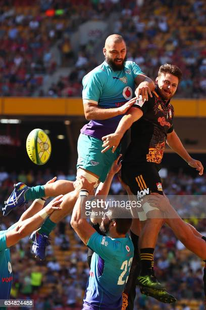 Bulls and Chiefs compete for the lineout during the Rugby Global Tens match between Bulls and Chiefs at Suncorp Stadium on February 12 2017 in...