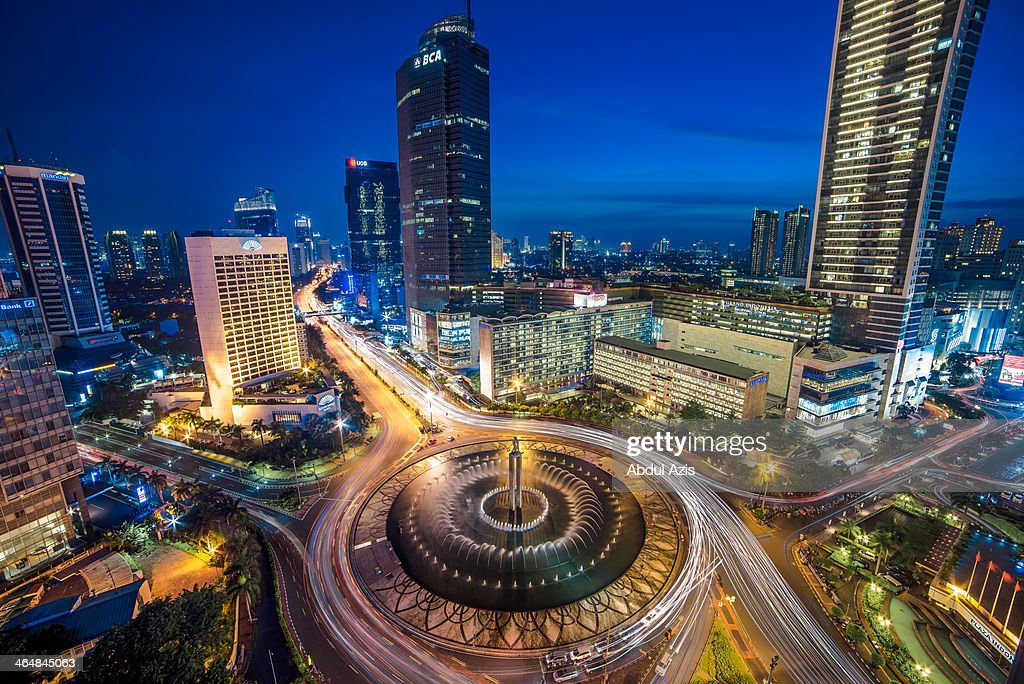 Bundaran Hotel Indonesia (HI) Blue Hour : Stock Photo