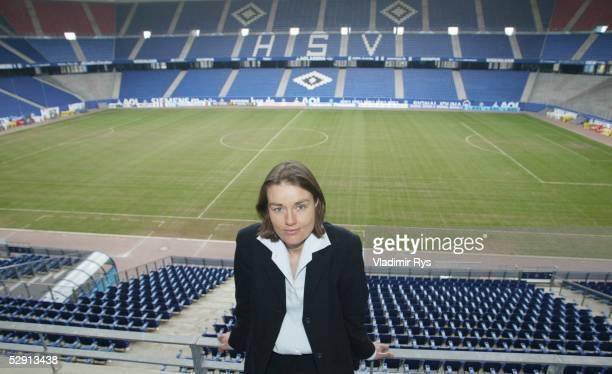 1 Bundesliga 02/03 Hamburg Hamburger SV/Feature Katja KRAUS neues Mitglied im Vorstand des HSV