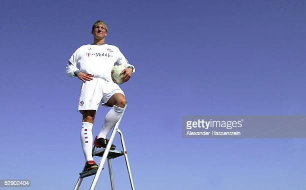 1 Bundesliga 02/03 Muenchen FC Bayern Muenchen/Personenfeature Bastian SCHWEINSTEIGER