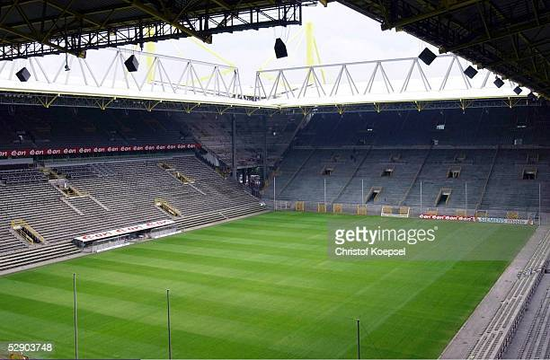 1 Bundesliga 03/04 Dortmund Borussia Dortmund Innenansicht Westfalenstadion