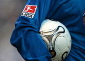 1 Bundesliga 03/04 Moenchengladbach Borussia Moenchengladbach FC Hansa Rostock 11 Spezial DFLLogo und Trikot und Ball