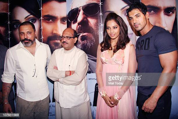 Bunty Walia Amar Singh Bipasha Basu and John Abraham at the screening of the film Lamhaa in Mumbai on July 15 2010