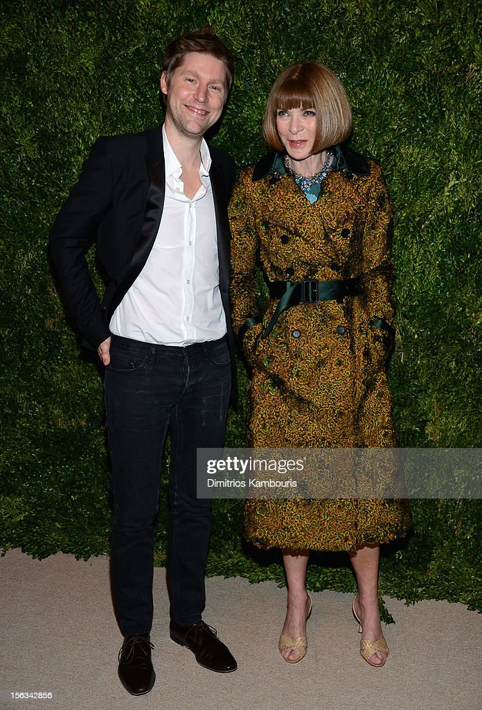 Burberry CCO <a gi-track='captionPersonalityLinkClicked' href=/galleries/search?phrase=Christopher+Bailey&family=editorial&specificpeople=587505 ng-click='$event.stopPropagation()'>Christopher Bailey</a> and Vogue Editor-in-Chief <a gi-track='captionPersonalityLinkClicked' href=/galleries/search?phrase=Anna+Wintour&family=editorial&specificpeople=202210 ng-click='$event.stopPropagation()'>Anna Wintour</a> attend The Ninth Annual CFDA/Vogue Fashion Fund Awards at 548 West 22nd Street on November 13, 2012 in New York City.