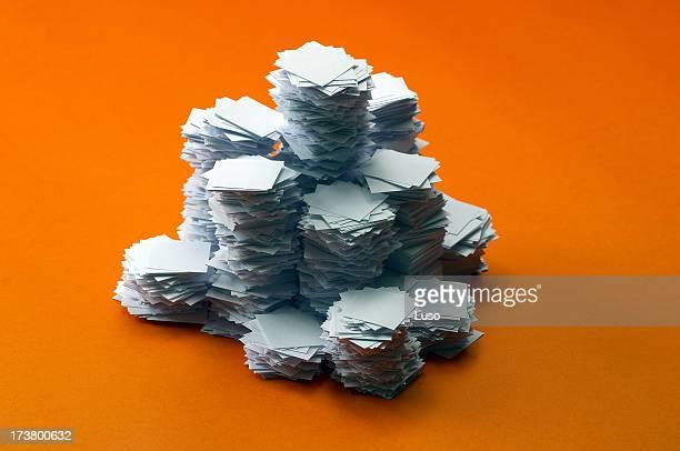 La bureaucratie (pile de papier