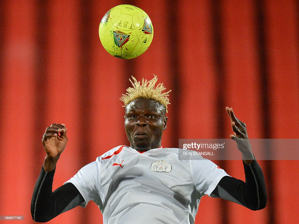 Burkina Faso's Bance Aristide takes part in a training session at the Rand Stadium in Johannesburg on February 8, 2013 as part of the preparation of the 2013 Africa Cup of Nations football final match against Nigeria. AFP PHOTO / BEN STANSALL