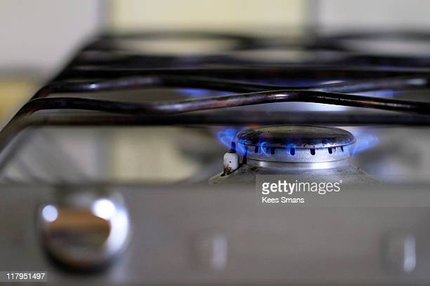 Burning gas stove burner