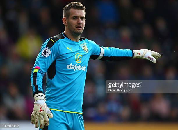 Burnley goalkeeper Tom Heaton during the Premier League match between Burnley and Everton at Turf Moor on October 22 2016 in Burnley England