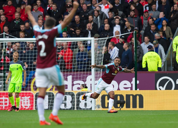 FBL-ENG-PR-BURNLEY-LIVERPOOL : News Photo