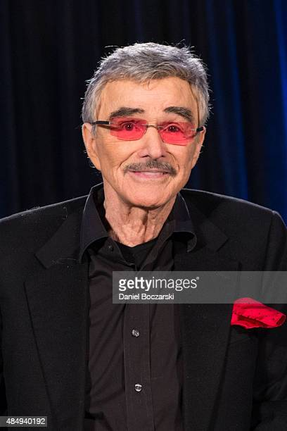 Burt Reynolds attends Wizard World Comic Con Chicago 2015 at Donald E Stephens Convention Center on August 22 2015 in Chicago Illinois