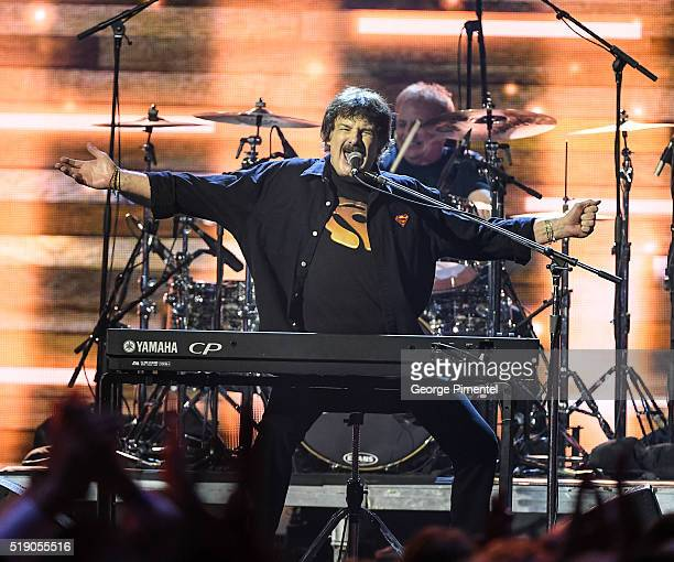 Burton Cummings performs at the 2016 Juno Awards at Scotiabank Saddledome on April 3 2016 in Calgary Canada
