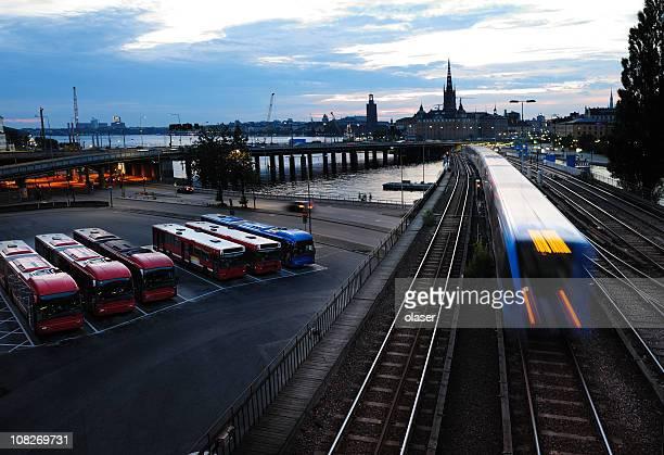 Bus und U-Bahn-Verkehr