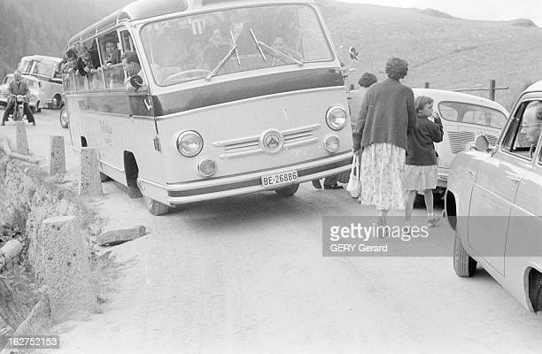 Bus Crash On The Road Of Great Saint Bernard Pass Suisse 13 août 1955 un car français bascule dans un ravin sur la route du Col du Grand SaintBernard...
