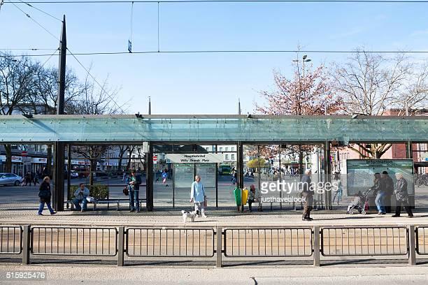 Bus-Plattform und Hauptbahnhof Oberhausen