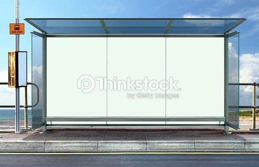 arr t de bus avec panneau publicitaire blanc photo thinkstock. Black Bedroom Furniture Sets. Home Design Ideas