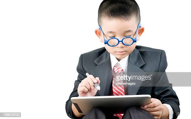Business Junge mit elektronischen tablet