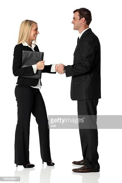 Business Geschäftsleuten beim Händeschütteln