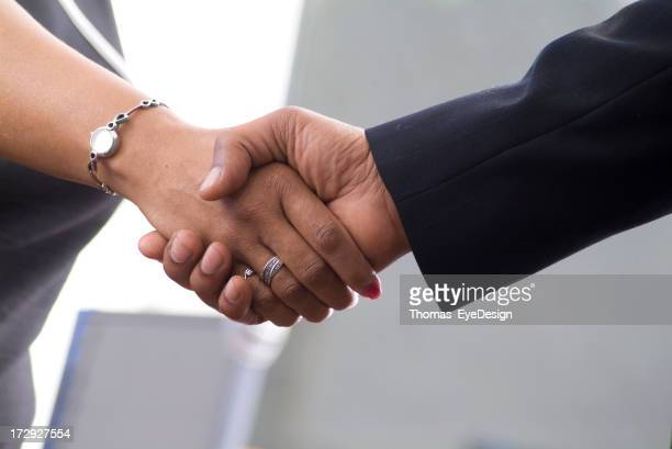 Affari Handshake serie