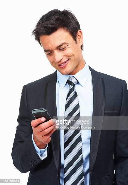 Geschäftsmann versenden SMS mit Handy