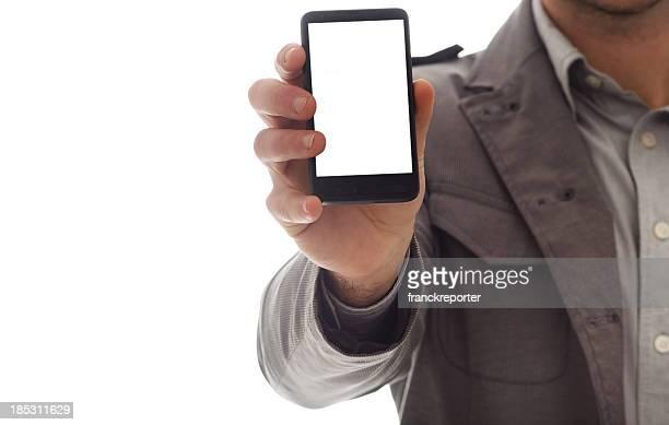 Homme d'affaires montrant un smartphone moderne vide