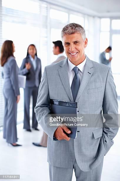Business-Mann mit einem Tag planner