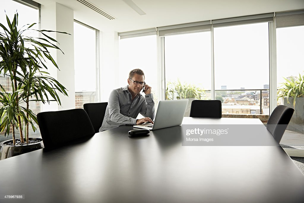 Business man working in modern office : Stock Photo